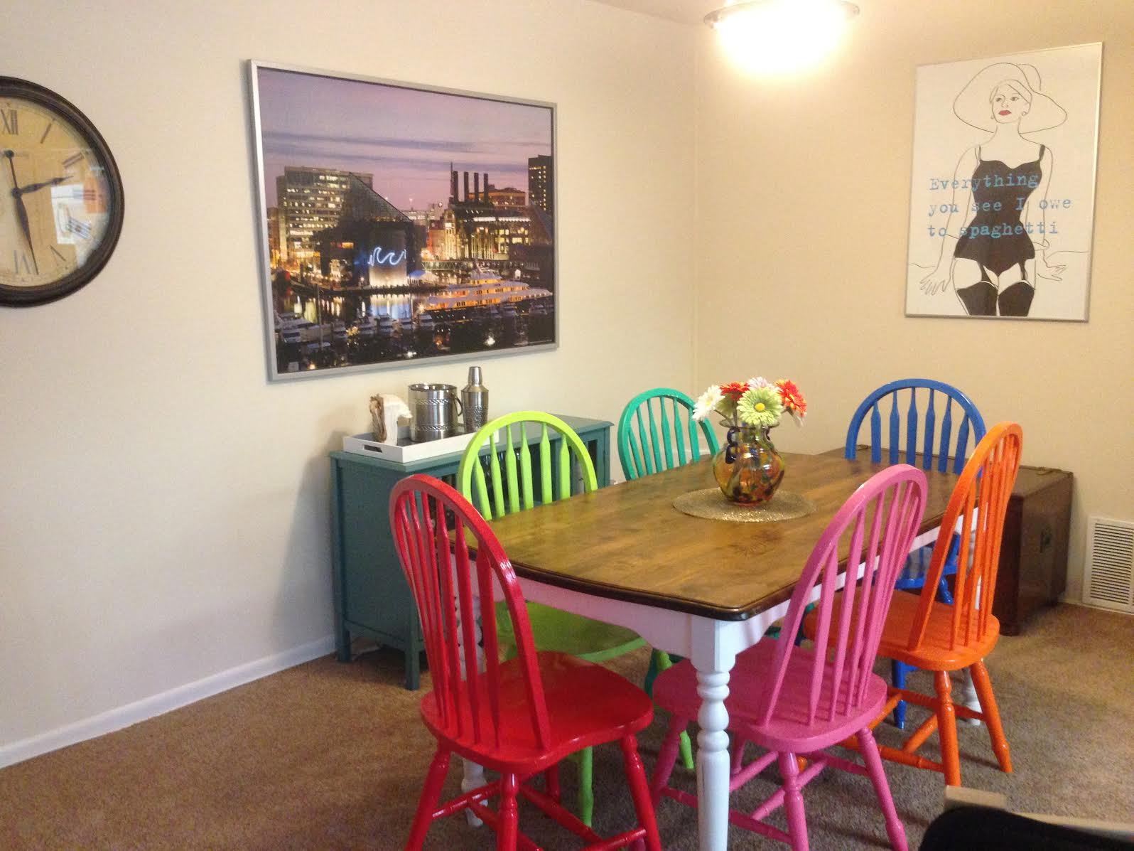 Cute Apartment Dining Room