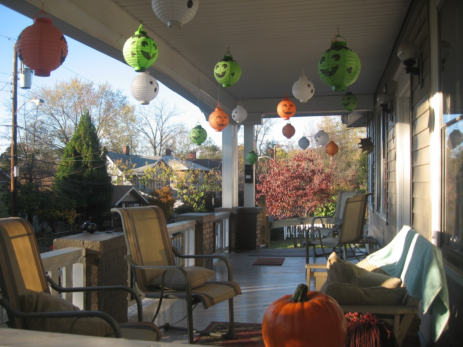 Fogs Halloween Porch