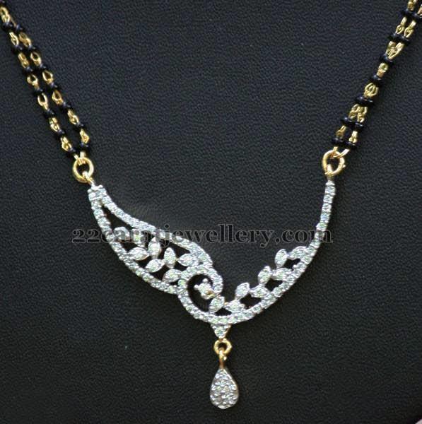 804219fb38df5 Short Nallapusalu Diamond Locket - Jewellery Designs
