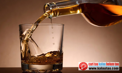 kalautau.com - etanol yang digunakan sebagai bahan dasar pada minuman