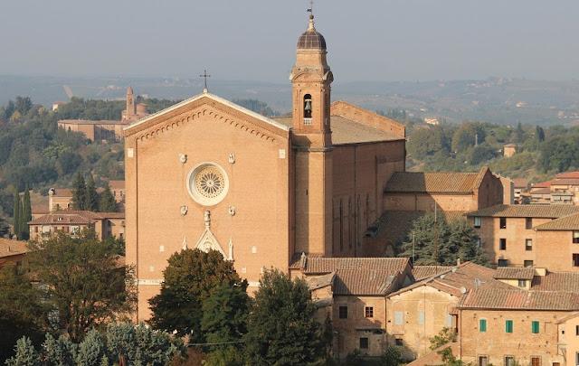 Basilica of San Francesco em Siena