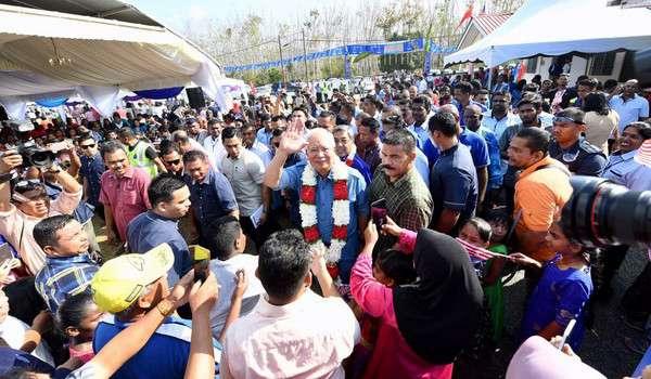 Pembangkang bohong, cakap tak boleh pakai – PM