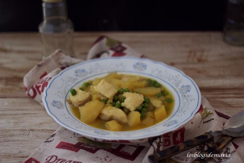 Guiso de pota y merluza con patatas