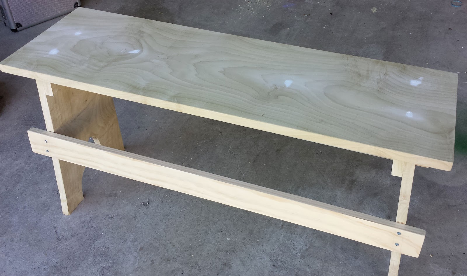 DIY bench without paint
