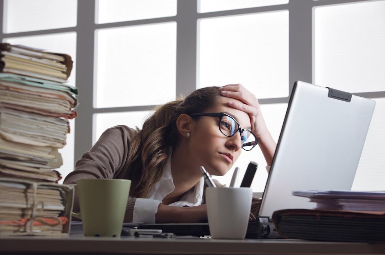 你「坐」對了嗎?辦公室坐姿大檢驗,犯了這9個錯誤,不腰酸背痛都難啊!