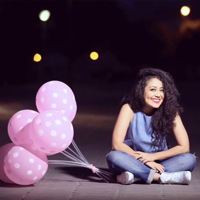 Neha Kakkar with Beautiful Dimple Smile  - Picpile.in