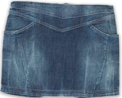 Foto de minifalda jean para usar sin correa