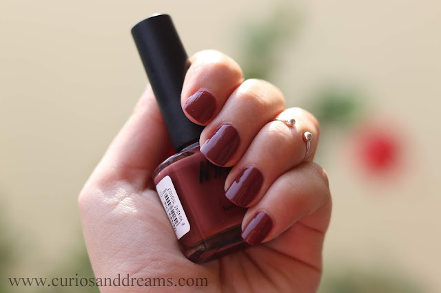 Nykaa nail polish, review, swatch, marsala chai