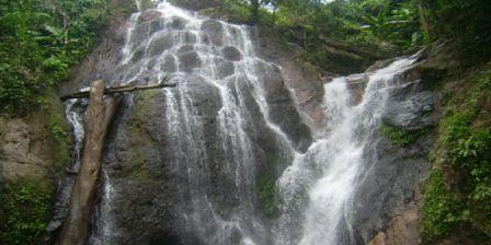 objek wisata air terjun limbong kamandang