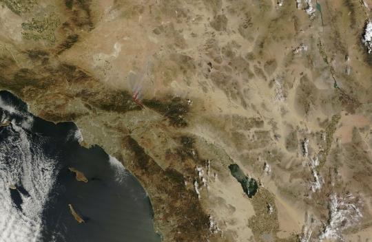 https://lance.modaps.eosdis.nasa.gov/imagery/subsets/?subset=USA5.2016230.terra.250m.jpg&vectors=fires