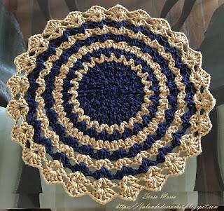 falando de crochet jogo americano redondo ou individual em croche leques em listras
