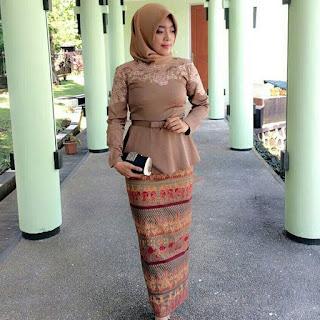 Kebaya Batik Brokat 2017