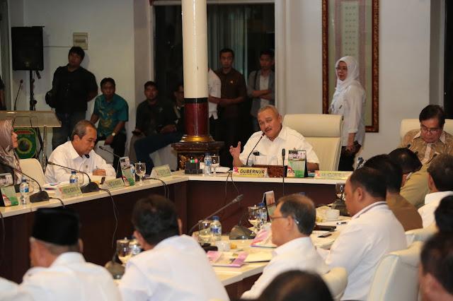 Gubernur Tekankan 10 Program Prioritas ke 17 Kabupaten/Kota
