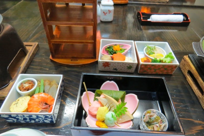 restaurant hanajizou chikugo city fukuoka japan it has grown on me. Black Bedroom Furniture Sets. Home Design Ideas