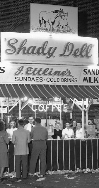 SHADY DELL SNACK STAND AT YORK FAIR