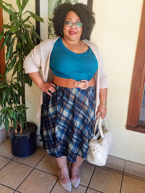 curvy, plus size, full figured, natural hair, plaid skirt, knit tee, cardigan, kitten heels
