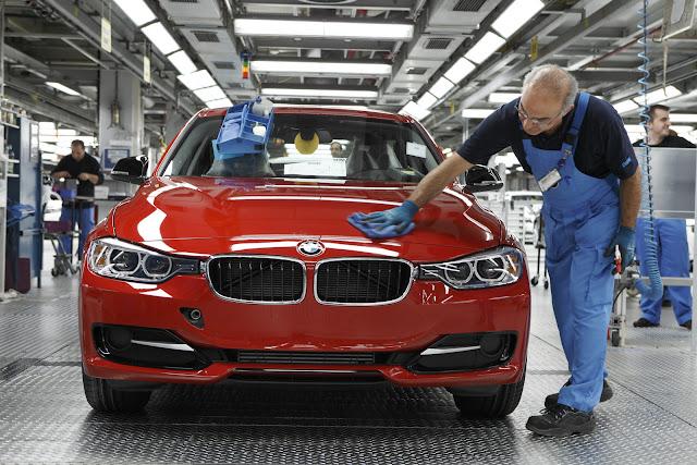 BMW pone énfasis en híbridos y eléctricos e inicia producción de la Serie 3