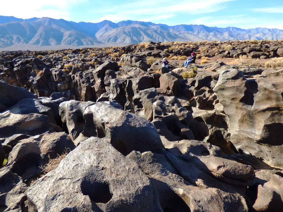 Geotripper Out Of The Valley Of Dreams Of The Water Times At Fossil Falls