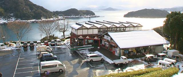 建物と海が繋がった珍しい建築、舟屋、道の駅