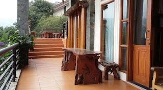Balkon Lantai 1 the flojo