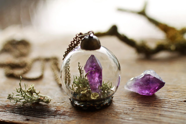 Tiny terrarium jewelry