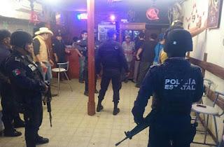 Operativo a bares y cantinas, en Castillo de Teayo Veracruz