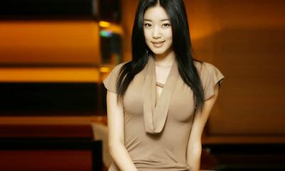 Kim Sa-rang Artis Korea Selatan Paling Cantik dan Populer di Dunia