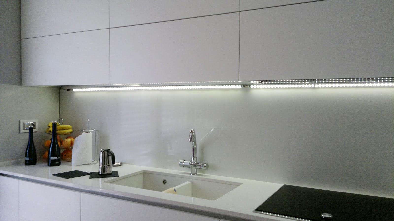 Beautiful Led Cucina Sottopensile Pictures - bakeroffroad.us ...