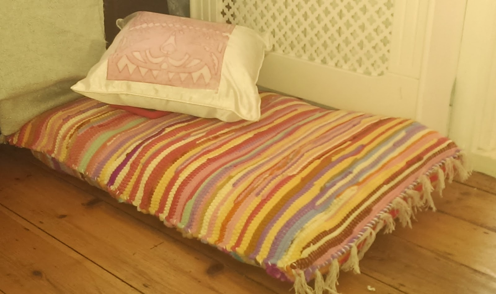 diy floor pillows. Easy Peasy Rug Floor Cushion  Nostalgiecat
