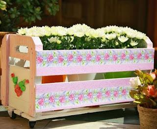 http://www.portaldeartesanato.com.br/materias/1338/caixote+de+feira+reciclado
