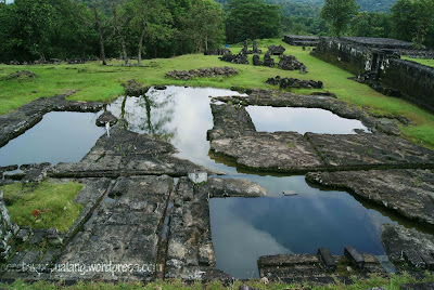 Kolam di Candi Ratu Boko via coretanpetualang.files.wordpress.com