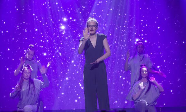 Interpretación en lengua de signos en la final de Got Talent por Vilde hija de padres sordos