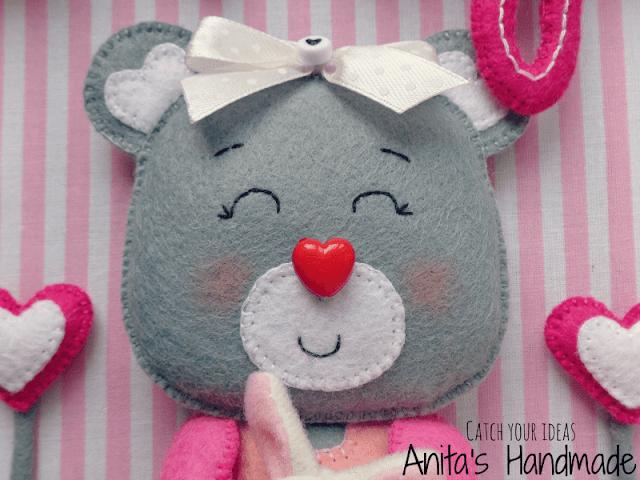 filc, felt, fieltro, feltro, obrazek, frame, feltframe, framebox, filcowy obrazek, feltpicture, handmade, rekodzielo, rękodzieło, anitashandmade, recznierobione, ręcznie robione, recznie robione, miś, mis, filcowymis, filcowy miś, bear, teddy bear teddybear, suportar, soportar, królik, bunny, serce, heart, feltcraft, craft, hobby, prezent, gift personalizowany prezent, personalized gift, name frame, maja, feltpicture