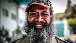 Cara Gus Dur Memenangkan Demokrasi di Papua