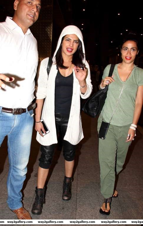 Priyanka Chopra was spotted at Mumbai airport returning to the country after wrapping up her Hollywood shoots