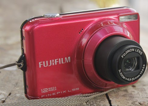 jual Fujifilm Finepix L55 RED
