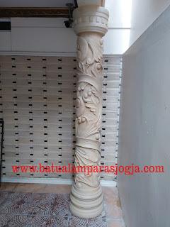 relief tiang rumah