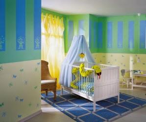 cuarto para bebé paredes rayas