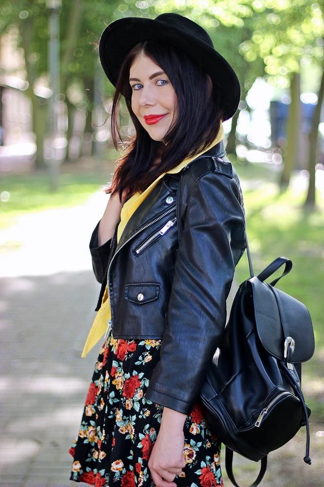 Stylizacja grunge | jak nosić styl grunge | moda w stylu grunge | styl rockowy | kwiecista spódnica | spódnica w kwiaty | Lilly Marlenne blog | łódzka blogerka modowa | blog modowy | blog o modzie | blogerka w kapeluszu