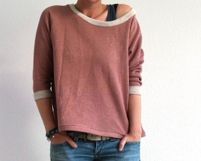 le sweat loose a free pattern by bee made,  sewn by huisje boompje boefjes