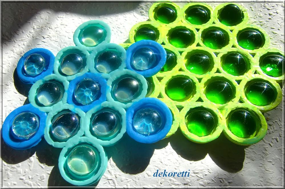 dekoretti s welt aus plastikdeckeln von pet flaschen und glasnuggets. Black Bedroom Furniture Sets. Home Design Ideas