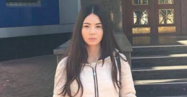 Не зря боялась: фигурантку секс-скандала с чиновником МВД объявили в розыск