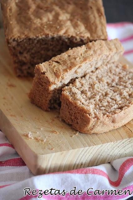 Pan con semillas y nueces.