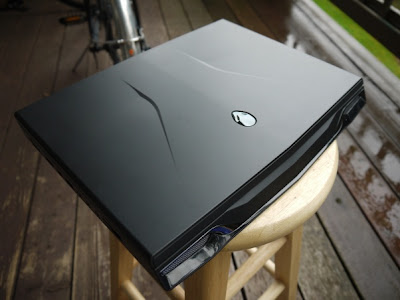 Alienware M14x shiny finish