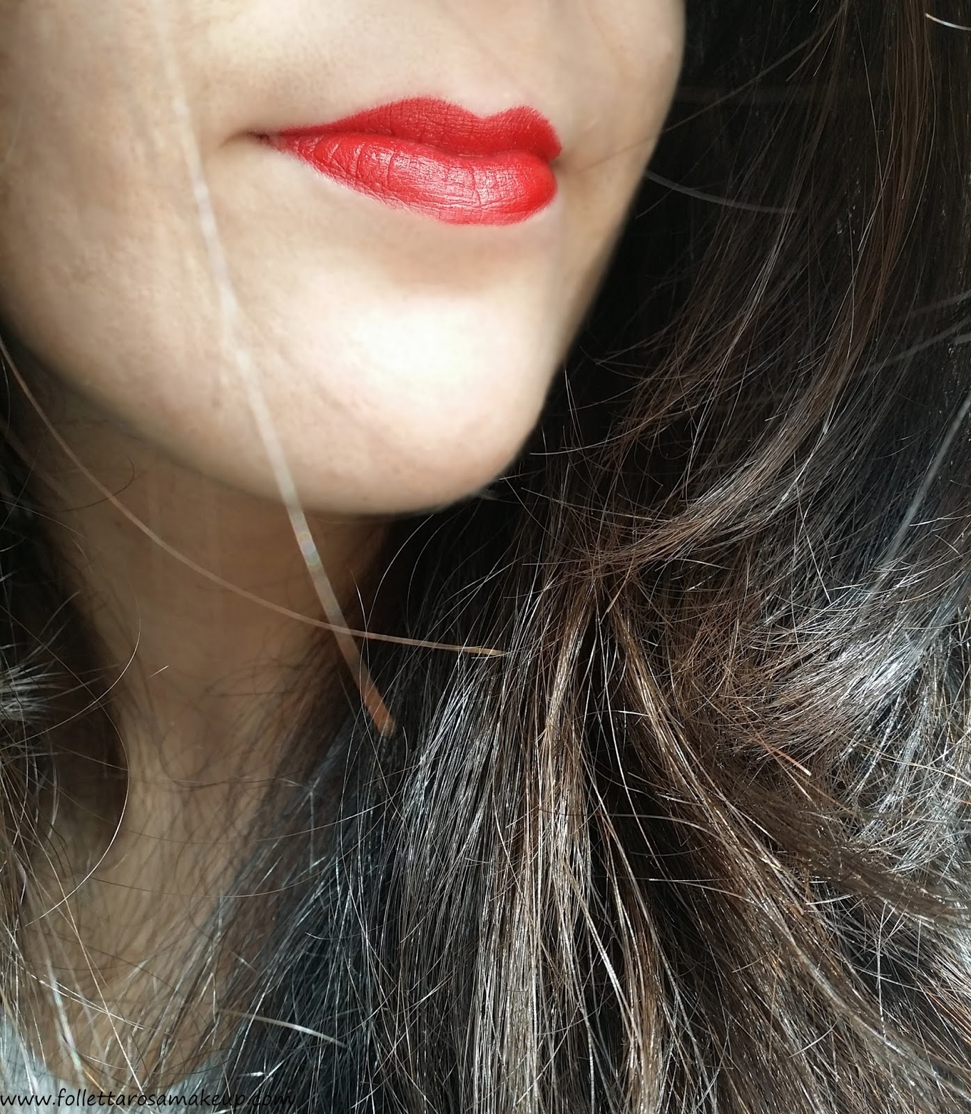 rouge-allure-velvet-chanel-56-swatch