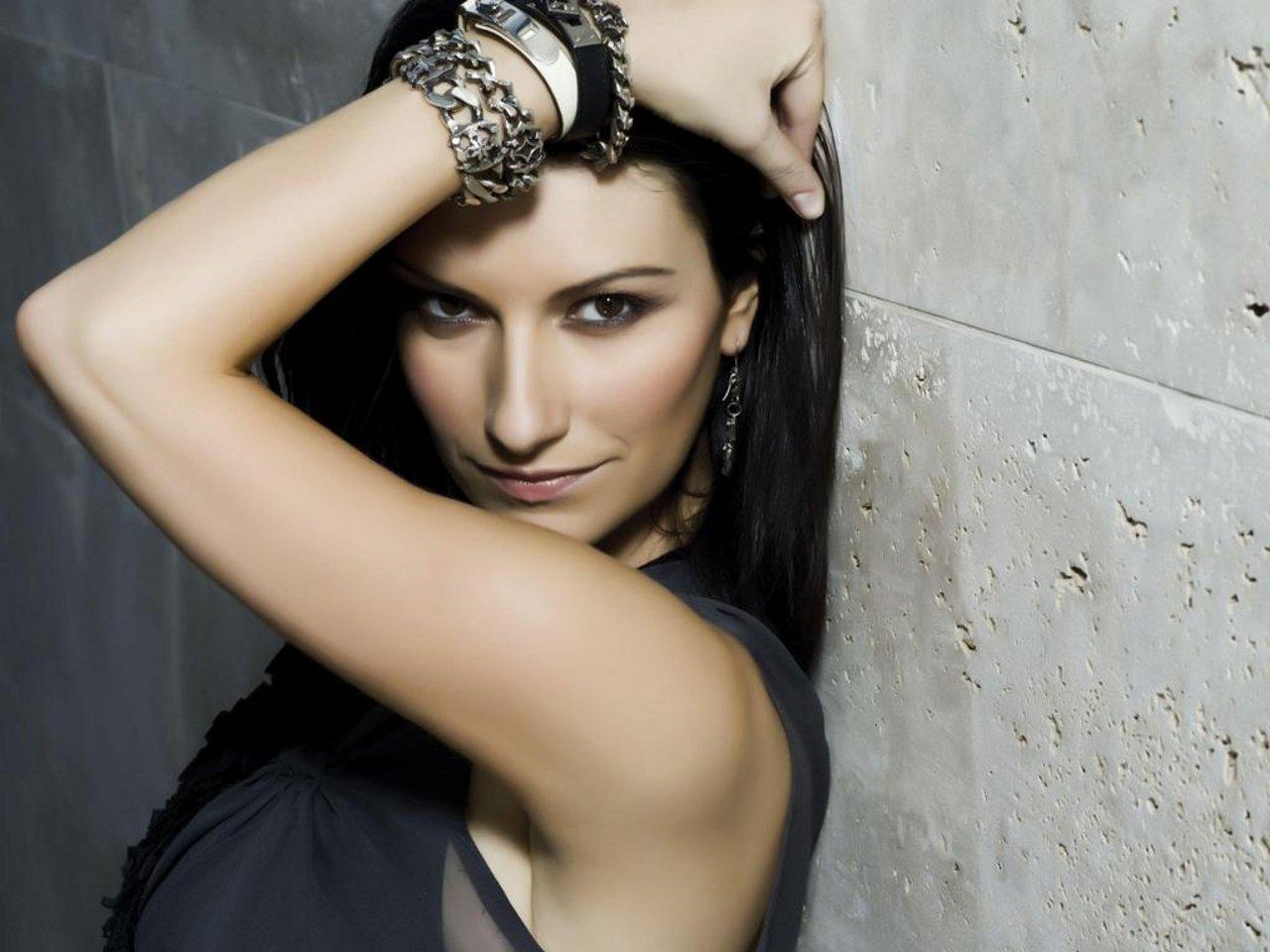 Laura Pausini testi canzoni | Lyrics di Album e Singoli