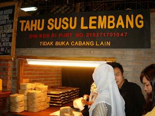 7 Daerah Wisata Makanan Super Enak Di Bandung