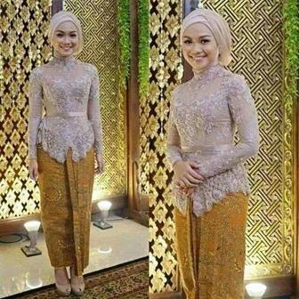 Model Batik Kombinasi Brokat Untuk Pesta Pernikahan