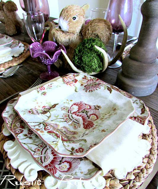 Texture and color for a pretty Spring Table Setting