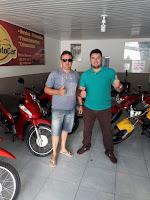 Conheça o sortudo do 9º Grupo do Venda Premiada; levou para casa moto 0 KM